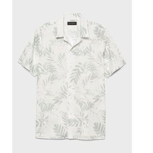 Tropical Casual Short Sleeve Button Down
